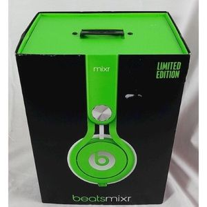 Like New Limited Edition Lime Beats Mixr